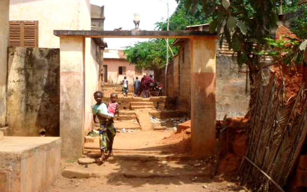 Au Togo Page Projects 10 Abroad Avec Patricia DIE9WH2